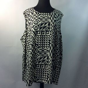 Maggie Barnes 4X Blouse Black White Geometric
